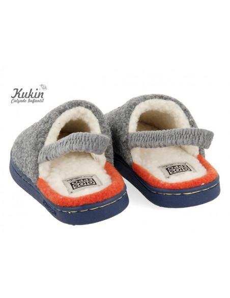 zapatillas-niño-casa