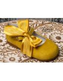 zapatos-niña-ante-amarillos