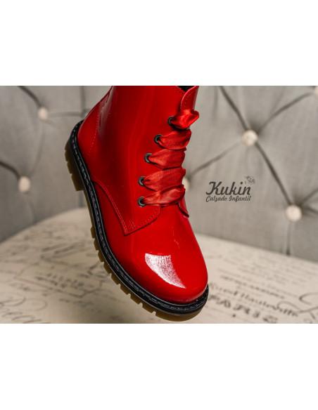 botas-militares-rojas