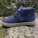 botas-azules-natural-world