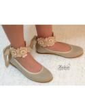 niña-zapatos-ceremonia