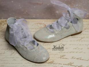 Zapatos blancos lazo Gux´s