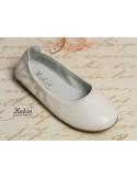 zapatos-niña-piel-blancos