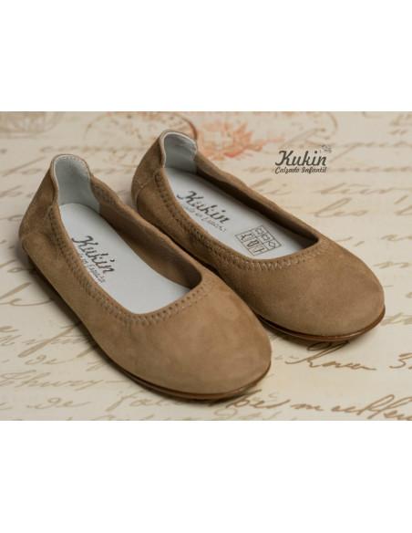 zapatos-niña-ante-arena