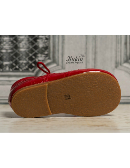zapatos-rojos-niño