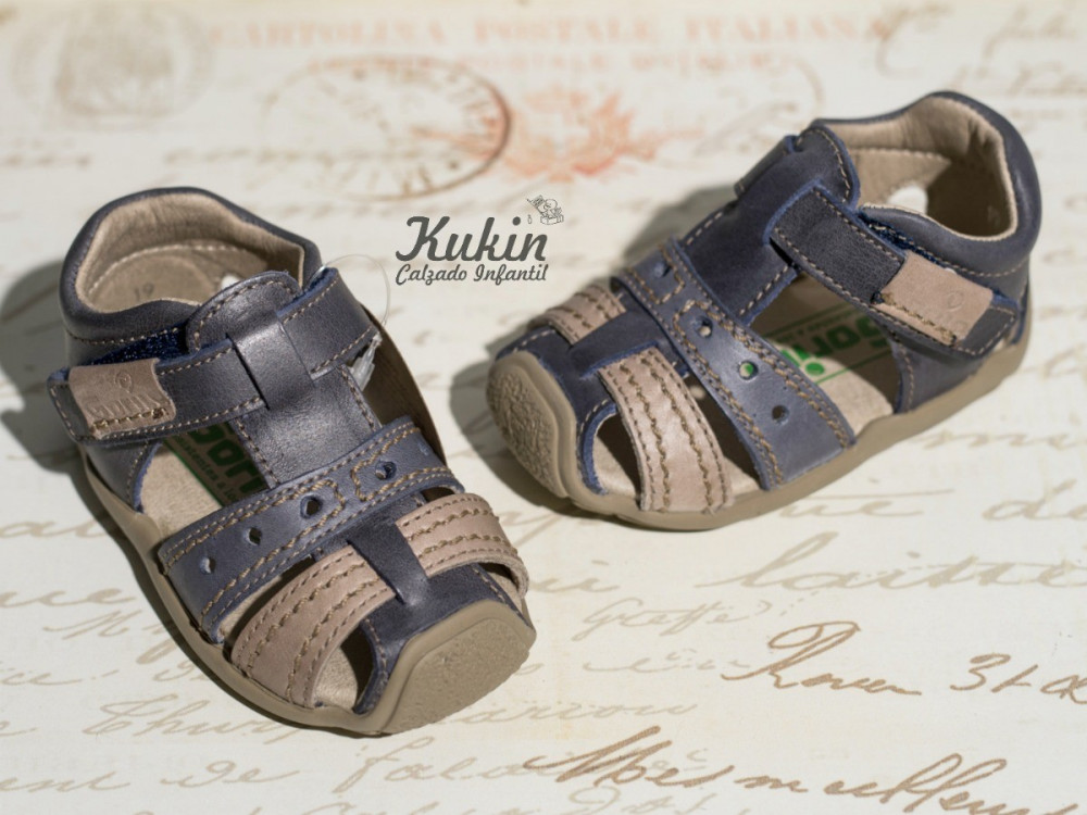 sandalias-primeros-pasos-niño