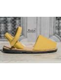 menorquinas-velcro-amarillas