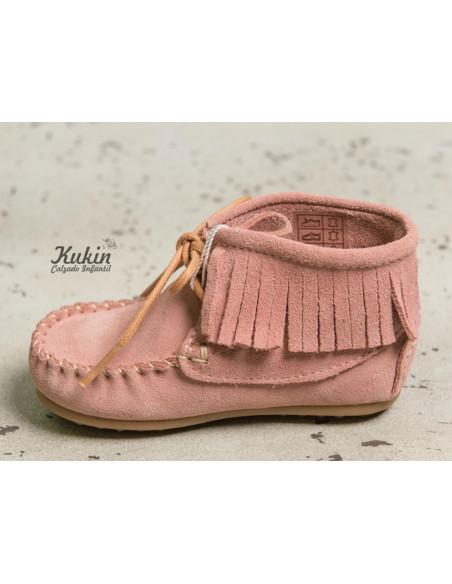 botas-mohicanas-niña-rosas