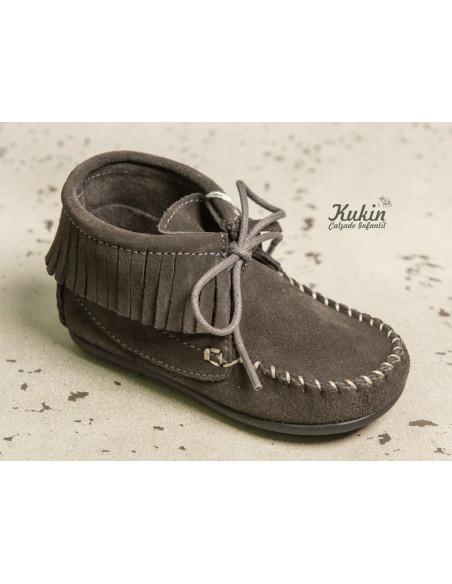 botas-flecos-grises