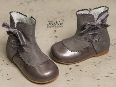 botas-grises-niña