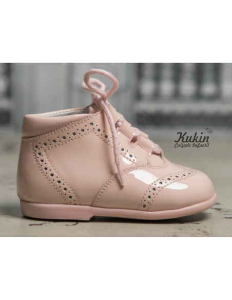 botas-niña-charol-rosa