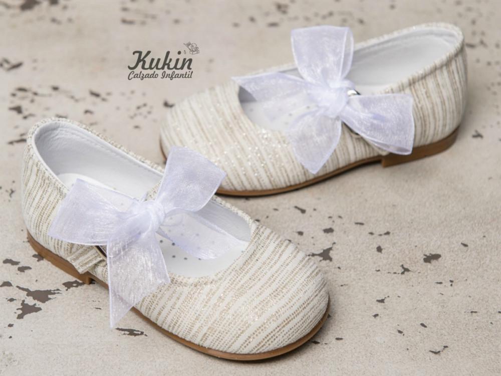zapatos-niña-ceremonia-beige