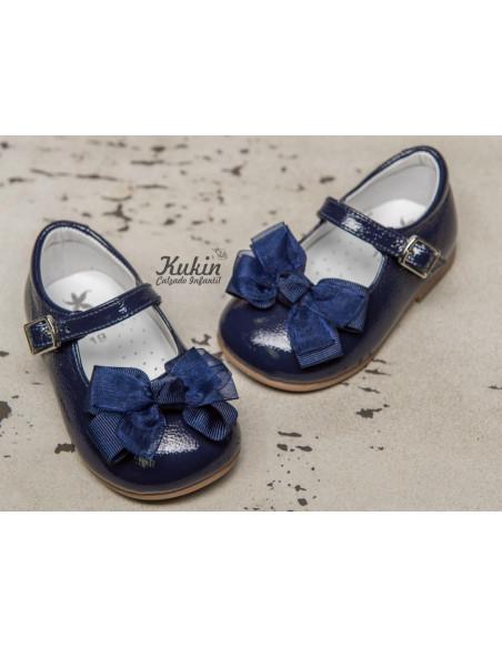 zapatos-niña-charol-azul-marino