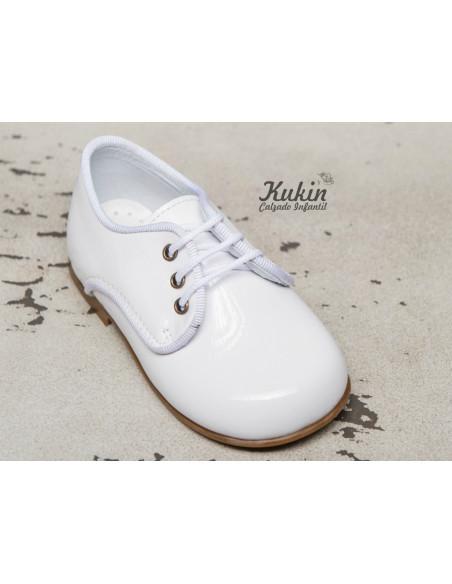 zapatos-niño-charol-blanco