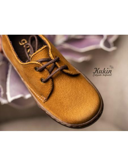 zapatos-piel-mostaza-niño